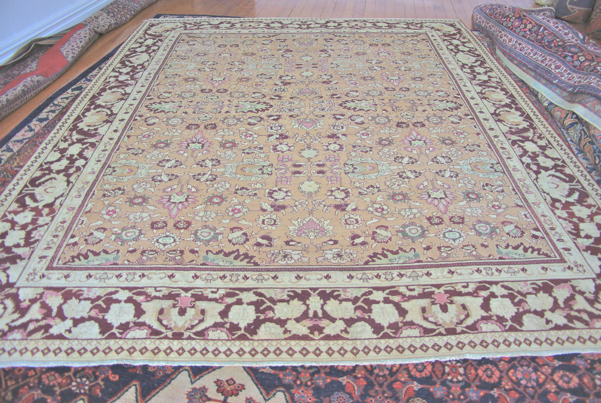Agra carpet India 360 x 300 cm