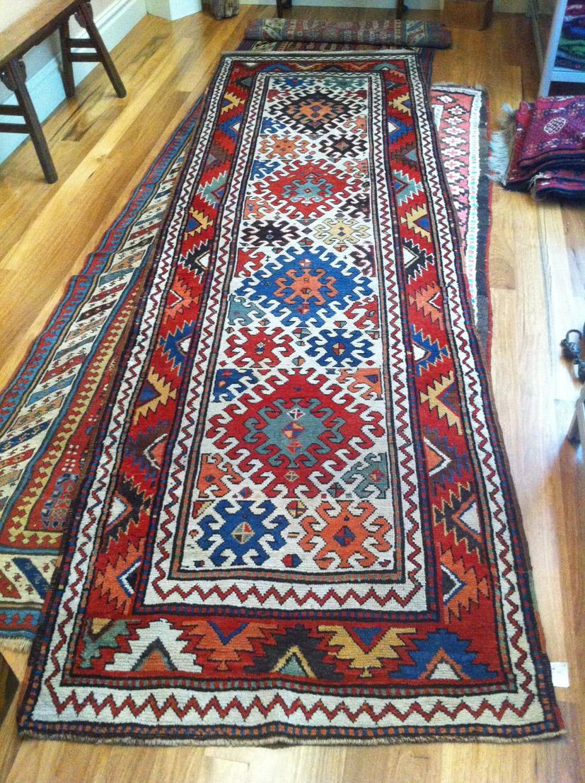 Borjalu long rug 342 x 104 cm