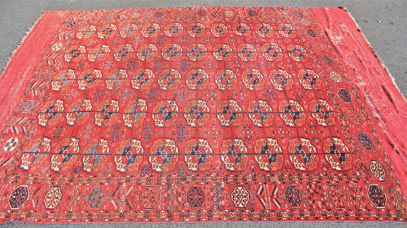 Tekke tent main carpet 261 x 193 cm